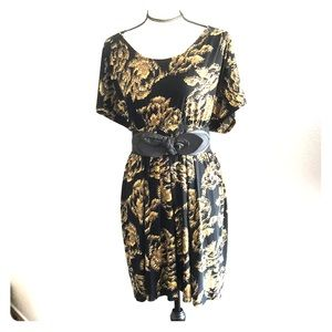Elle NWT Black and Yellow Dress